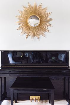 Transitional Design by Mialani Interiors.  Photo: Cristina Danielle Photography  #decor #design #interiordesign #jacksonvilledesign #jacksonvillefl #florida #fl #fldesign #lamp #couch #livingroom #livingroomdesign #bluedecor #silverdecor #golddecor #gold #silver #blue #elegant #transitional