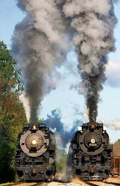 Steam Trains - Guns, Oil, & DirtYou can find Old trains and more on our website. Train Tracks, Train Rides, Old Steam Train, Railroad Photography, Train Art, Train Pictures, Old Trains, Train Engines, Train Journey