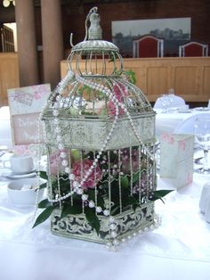 #Vintage #birdcages dressed with pearls looked gorgeous at #Kelham Hall.
