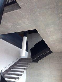 Scale interne, Reggio Emilia, 2013 - enrico montanari White Concrete, Reggio Emilia, Scale, Stairs, Home Decor, Weighing Scale, Stairway, Decoration Home, Room Decor