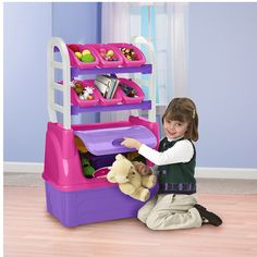 There is a place for everything with this sturdy Toy Organizer. With plenty of room in the storage chest below and lots of additional space in the six interchangeable storage bins above, there is no b