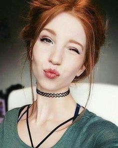 Beautiful young woman and naughty ginger hair - Ginger Haare Stunning Redhead, Beautiful Red Hair, Trendy Hairstyles, Girl Hairstyles, I Love Redheads, Red Hair Woman, Girls With Red Hair, Hair Girls, Natural Redhead