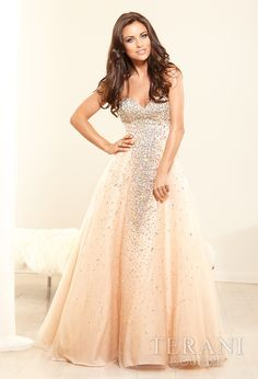 19 Fascinating Prom Dresses