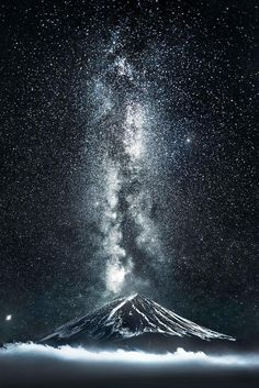 Best Mountain Wallpaper for Phone – Wallpaper Tumblr Wallpaper, Galaxy Wallpaper, Sky Full Of Stars, Star Sky, Beautiful Sky, Beautiful Landscapes, Beautiful Wallpaper, Beautiful Scenery, Night Photography