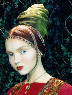 Фотограф Miles Aldridge. Lily Cole in Vogue Italia ('Like a Painting'), February 2005.