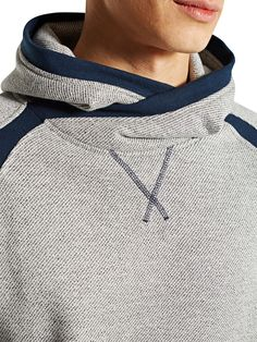 """CHINÉ SWEAT-SHIRT À CAPUCHE, There's always something like this which helps you """"Look fantastic so you FEEL AWESOME"""" Tackle each day in style! http://hectorbustillos.weebly.com/"""