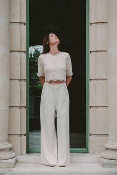 Completely different Marriage ceremony Clothes (Bridal Pants): Discovering Ingrid FEY Bridal Pants, Bridal Dresses, Wedding Suits, Wedding Attire, Dress Wedding, Overall Skirt, Rehearsal Dress, Civil Wedding, White Fashion