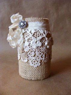 Rustic Burlap Lace Altered Jar with Rhinestone Brooch Lace Mason Jars, Mason Jar Gifts, Mason Jar Diy, Diy Bottle, Wine Bottle Crafts, Bottle Art, Burlap Crafts, Jar Crafts, Mason Jar Projects
