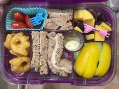 Arla Lactofree cheddar cheese and mayo multigrain sandwich fingers, cucumber, pepper, tomatoes, salad cream, beef monster claws, red grapes, mango. #Arlalactofreecheese #lactosefree #milkfree Lactose Free Lunches, Salad Cream, Red Grapes, Multigrain, Cheddar Cheese, Claws, Fingers, Tomatoes, Cucumber