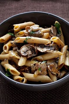Whole-Grain Penne With Mushrooms and Herbs