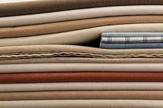 So what is the best color for your Airbnb sheets? And why should hosts care? The sheet color we recommend for all Airbnb hosts is. How To Make Bed, Cool Things To Make, Good Things, Old Sheets, Shelf Paper, Closet Office, Pattern And Decoration, Living Room Update, Fade Color