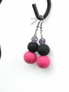 Felted earrings 37 glass beads pink beads black by MarudaFelting