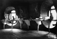 Les coulisses de l'Opéra Garnier en 1930