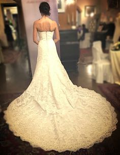 Uno strascico importante #sposa in #pizzo