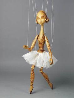 Pani Pitrova / The Art of Puppets / Puppet House