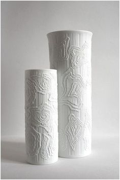 Kaiser vases click now for more info. Porcelain Ceramics, Ceramic Vase, Ceramic Pottery, Pottery Art, White Ceramics, Make Your Own Pottery, Expensive Art, Colored Vases, Pottery Tools
