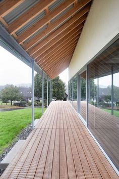 © Luca Claussen | a f a s i a Roof Architecture, Contemporary Architecture, Outdoor Spaces, Outdoor Living, Outdoor Decor, Roof Cladding, Canopy Shelter, Roof Overhang, Steel Detail