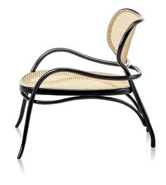 Nigel Coates has designed a sophisticated lounge chair with a complex design reflecting the stylistic features of the brand with refined skill. The seat and the comfortable backrest made of Vienna cane with a special large mesh version, are defined by the curves of the beech wood, processed with steam. The variable section structure is…