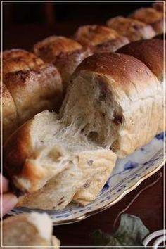Bread Bun, Bread Cake, Shokupan Recipe, Bread Recipes, Cooking Recipes, Japanese Bread, Cooking Bread, Bun Recipe, Dessert Recipes
