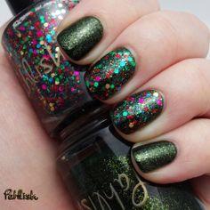 Pahlish Trim the Tree December Duo. Boughs of Holly-dark green, Yuletide Treasure-multi glitter
