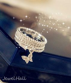 Gorgeous Little Butterfly High Class Lady's Ring: jewelhall.com