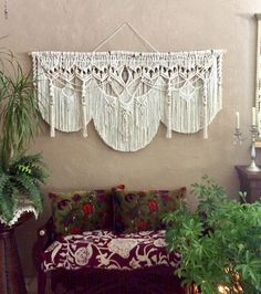Are you ready to add some Bohemian decor to your home? Macrame Artist Lucy Lanuza has created this extra large macrame with quartz crystal just for you. Bohemian Living, Bohemian Decor, Gypsy Living, White Bohemian, Modern Bohemian, Wedding Cake Backdrop, Boho Chic, Crystal Wall, Quartz Crystal