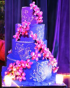 Marvelous #weddingcake at this #uplighting #wedding #reception! #diy #diywedding #weddingideas #weddinginspiration #ideas #inspiration #rentmywedding #celebration #weddingreception #party #weddingplanner #event #planning #dreamwedding by @bridalguide