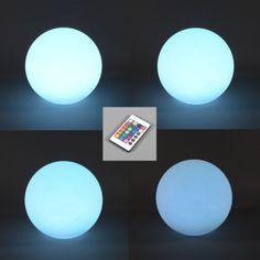 BOL 25cm RGB LED recargable - Lámpara LED inalámbrica muy moderna que se puede utilizar tanto en exterior como en interior. Con la batería totalmente cargada dura aproximadamente 8 horas. Equipada con mando a distancia.  Detalles:  El mando a distancia ofrece las siguientes funciones: - Luz fija en uno de los 15 colores y en blanco; - Todos los colores se difuminan en cuatro intensidades; - Van cambiando los colores en forma de destellos.