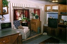 The remodeled RV slideout. photo by Curtis at TheFunTimesGuide.com