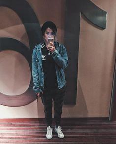 yellowmellowmg. selfie en espejo de hotel en Nueva York