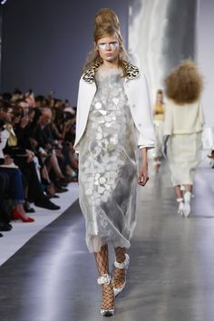 Maison Margiela Ready To Wear Spring Summer 2016 Paris - NOWFASHION ... and Leopard fur around your neck, but only if it's FAKE