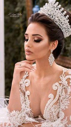 Bridal Crown, Bridal Tiara, Bridal Headpieces, Wedding Tiara Veil, Rhinestone Wedding, Wedding Beauty, Wedding Makeup, Wedding Bride, Boho Wedding