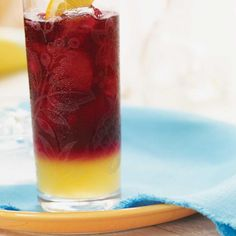 Sangria Well - Suited For Stifling Summer Days Cocktail And Mocktail, Refreshing Cocktails, Summer Cocktails, Fun Drinks, Alcoholic Drinks, Beverages, Authentic Mexican Recipes, Mexican Food Recipes, Ethnic Recipes