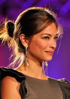she is always so beautiful! Kristen Kreuk