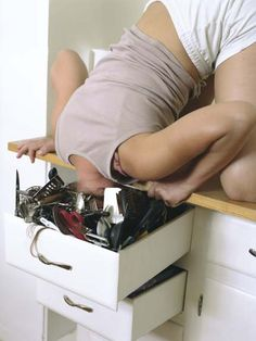 Clutter San Francisco-based photographer Lee Materazzi shoots photographs of people whose bodies are stuffed uncomfortably into random spaces. Narrative Photography, Feminism Photography, Photography Sketchbook, Photography Ideas, Come Undone, Photographs Of People, Junk Drawer, Mind Blown, Drawers