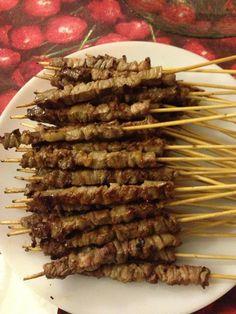 Arrosticini di pecora sulla piastra #arrosticini #pecora #abruzzo…