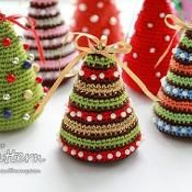 Start one or two of these Christmas crochet projects now to get a jump on all kinds of holiday happenings, from office and hostess gifts to wonderful warm and cozy holiday crochet crafts for stocking stuffers, guest room decorations, and more. Crochet Christmas Decorations, Christmas Tree Pattern, Little Christmas Trees, Crochet Christmas Ornaments, Christmas Crochet Patterns, Holiday Crochet, Colorful Christmas Tree, Christmas Knitting, Christmas Crafts