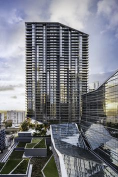 brickell city centre: the arquitectonica-designed mixed-use mega complex in miami Amazing Architecture, Modern Architecture, Commercial Architecture, Shop Architects, Cities, Hotel Amenities, Outdoor Restaurant, Architectural Photographers, Real Estate