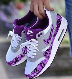 55 nike air max's best shoes suitable for your every day in summer 2019 page 27 Cute Sneakers, Sneakers Mode, Sneakers Fashion, Fashion Shoes, Shoes Sneakers, Nike Fashion, Fashion Outfits, Cheap Fashion, Fashion Men