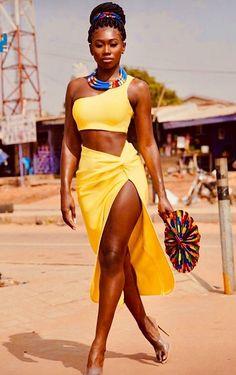 black women models close up African Beauty, African Women, African Fashion, African Girl, Beautiful Dark Skinned Women, My Black Is Beautiful, Beautiful Body, Black Women Art, Black Women Fashion