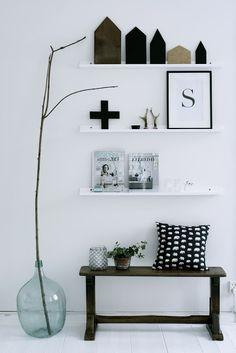 Drie plankjes en een bankje. Mooi gestijld - Lilla Villa Vita