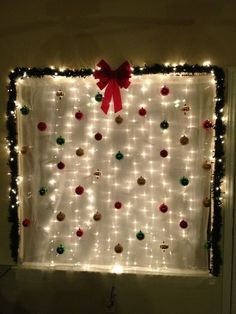 Are you in search of Christmas party decoration ideas? Then make sure to check out our pick of DIY Christmas party decorations! Noel Christmas, Christmas Photos, Simple Christmas, Christmas Themes, Christmas Crafts, Adult Christmas Party, Christmas Party Ideas For Adults, Christmas Snacks, Elegant Christmas