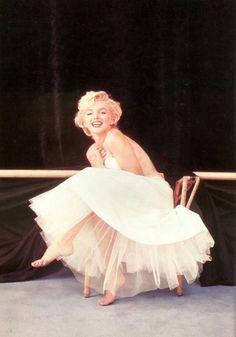 "Marilyn Monroe, 1954, New York, ""Ballerina"" sitting by Milton H Greene."