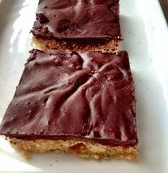 Raw Chocolate Shortbread - A raw treat that is good for your heart, skin and hair and helps to stabilize blood sugar.