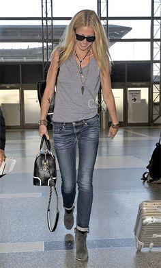 Gwyneth Paltrow - Rag & Bone/JEAN The Dre Jeans in Wells