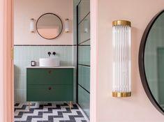 Pastel pink bathrooms, hot pink bathrooms, pink bathroom tiles, pink bathroom sets, pink basins and pink vanities. These pink bathroom ideas have it all & more. Hot Pink Bathrooms, Pink Bathrooms Designs, Pink Bathroom Tiles, Funky Bathroom, Pink Tiles, Brown Bathroom, Bathroom Styling, Green Tiles, Bathroom Ideas