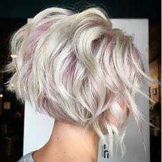 70 Overwhelming Ideas for Short Choppy Haircuts Short Choppy Blonde Bob Short Choppy Haircuts, Layered Haircuts, Pixie Haircuts, Short Choppy Bobs, Inverted Bob Haircuts, Short Haircut, Hair Cuts Choppy, Short Inverted Bob, Reverse Bob Haircut