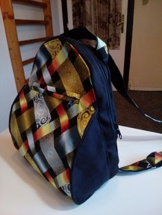Backpacks, Bags, Fashion, Handbags, Moda, Fashion Styles, Taschen, Women's Backpack, Purse