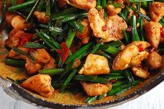 Spicy Szechuan Style Chicken (from When East Meets West) Easy Delicious Recipes, Spicy Recipes, Wine Recipes, Asian Recipes, Cooking Recipes, Healthy Recipes, Ethnic Recipes, Asian Chicken, Chicken Meals