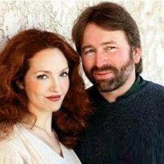 Amy Yasbeck and John Ritter.